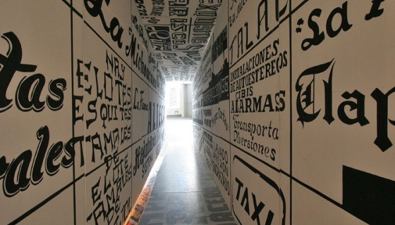 Tunnel of Typography